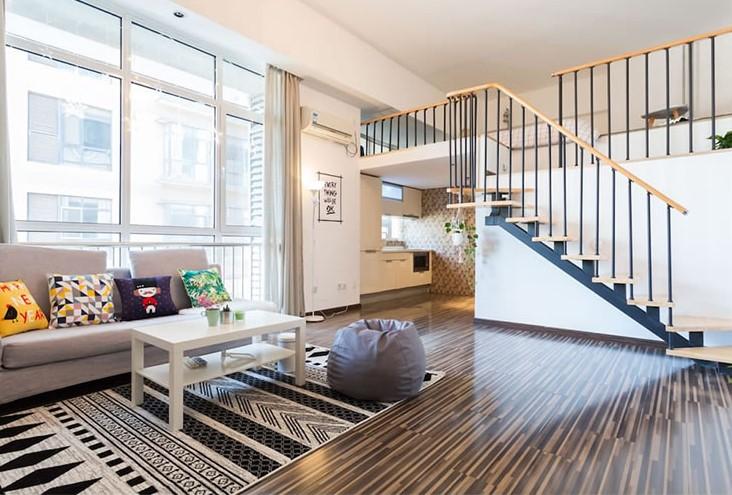 Cầu thang gỗ công nghiệp tạo sự khác biệt cho căn nhà của bạn