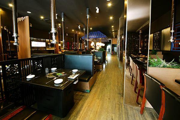 Thiết kế thi công nội thất nhà hàng đẹp, gây ấn tượng với thực khách
